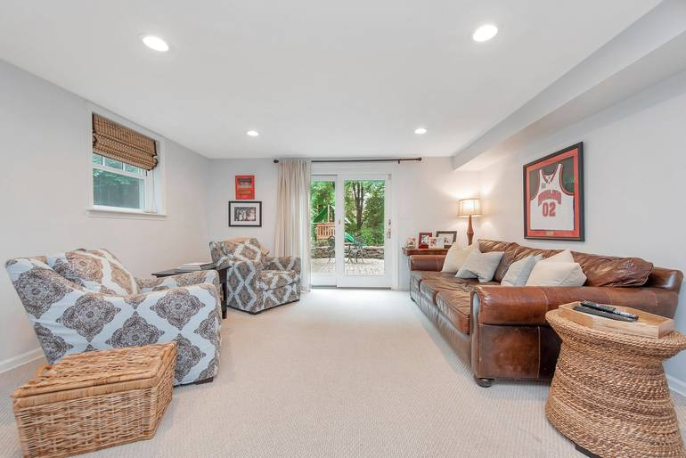 45 Dale Drive, Summit, NJ: $989,000