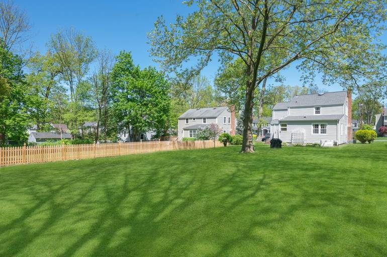 176 Colonial Road, Summit, NJ:$725,000