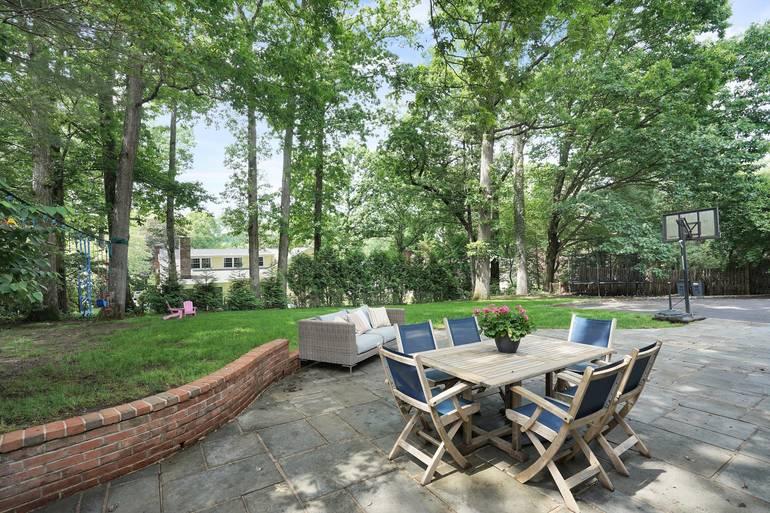87 Druid Hill Road, Summit, NJ: $ 1,595,000