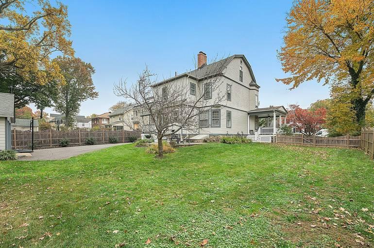 14 Fairview Avenue, Summit, NJ: $1,275,000