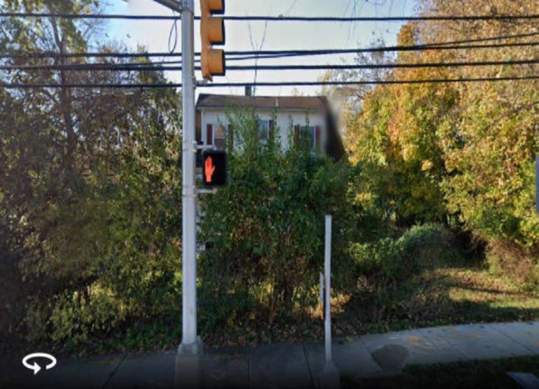 1126 River Road