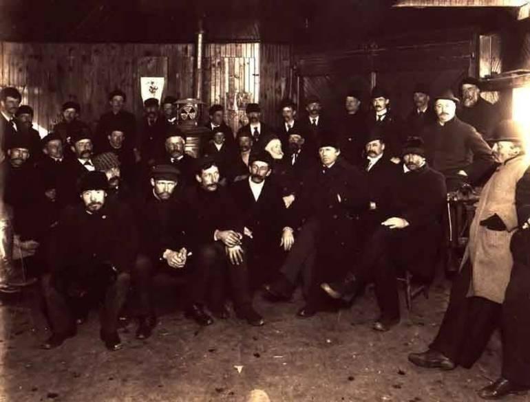 1910grplow.jpg