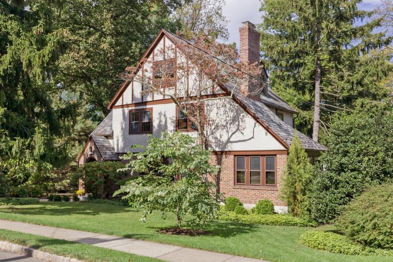167 Mountain Avenue, Summit, NJ: $1,199,000