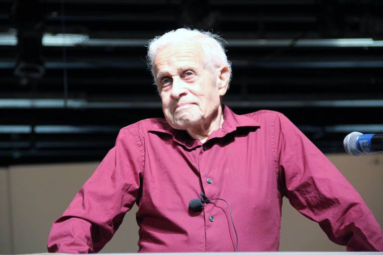 Holocaust Survivor Eric Mayer Visits SHS