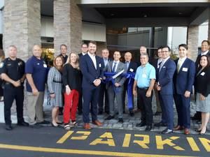 LIVIA at East Hanover Celebrates Grand Opening
