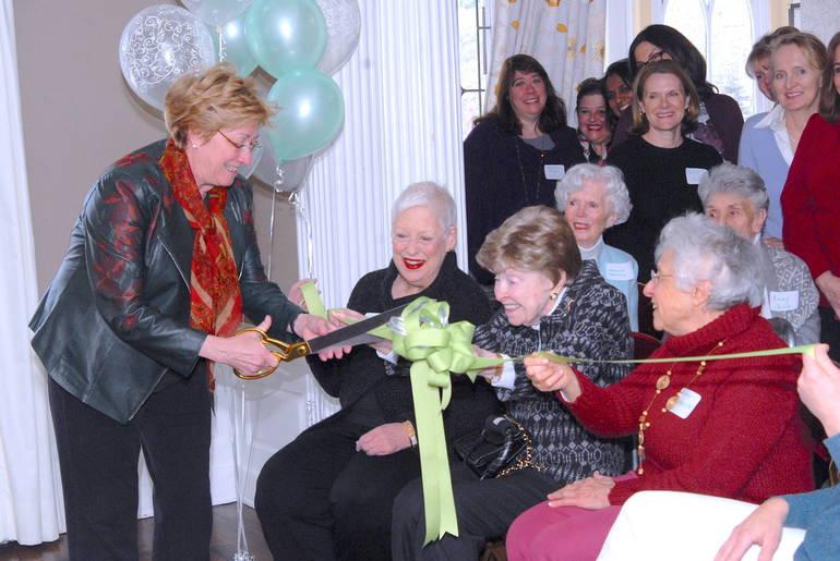 3-06-19 Mayor Ribbon-Cutting (Press).JPG