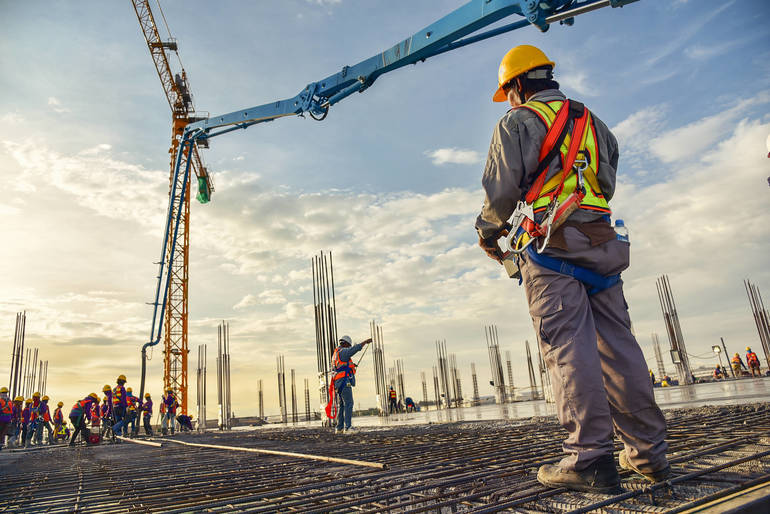 37676efa02fd88418ee0_Construction_Worker.jpg