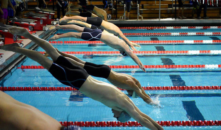 400 Freestyle Relay start.png