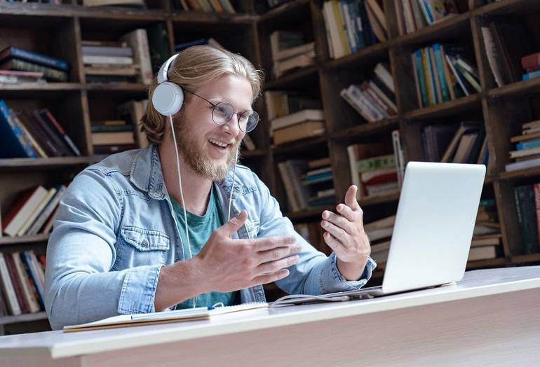 Online class (teaching)