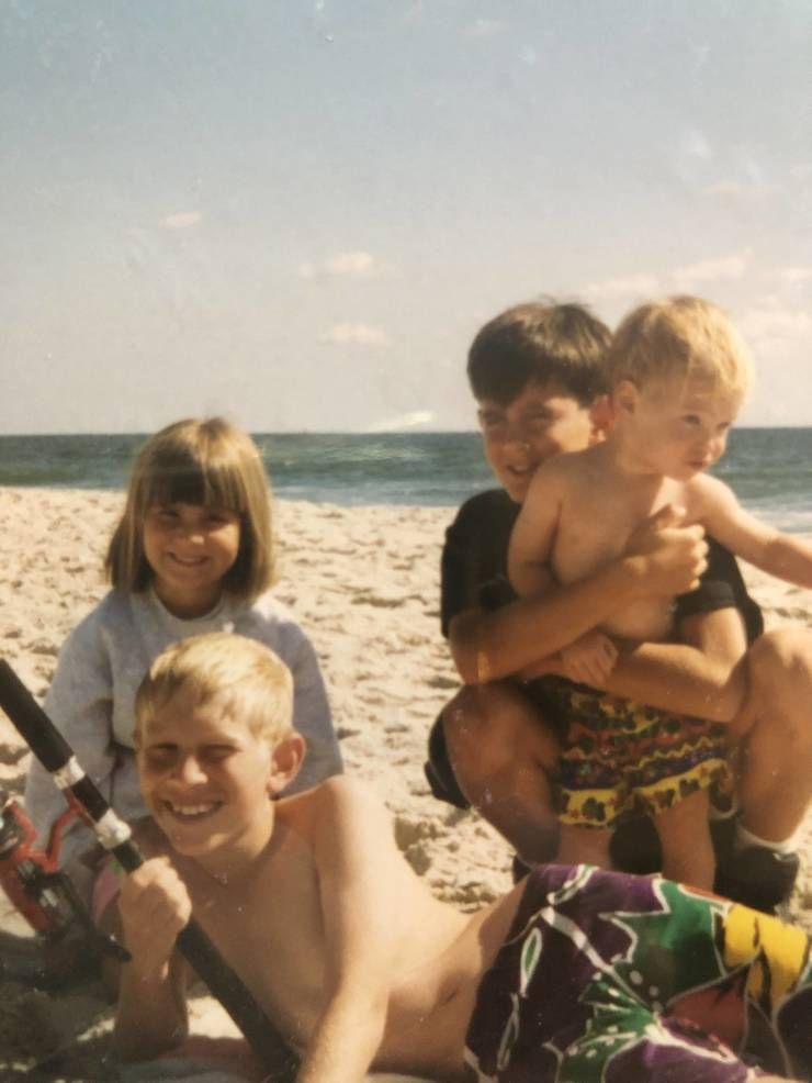 1995 Rob with Sister Krissy and cousin Charlie & Will on LBI