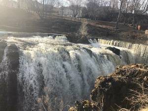 BREAKING (Video): Paterson Firefighters Perform Daring Rescue at Great Falls