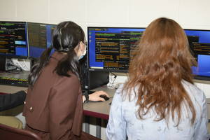 Rutgers Prep Opens State-of-the-Art Bloomberg Financial Lab