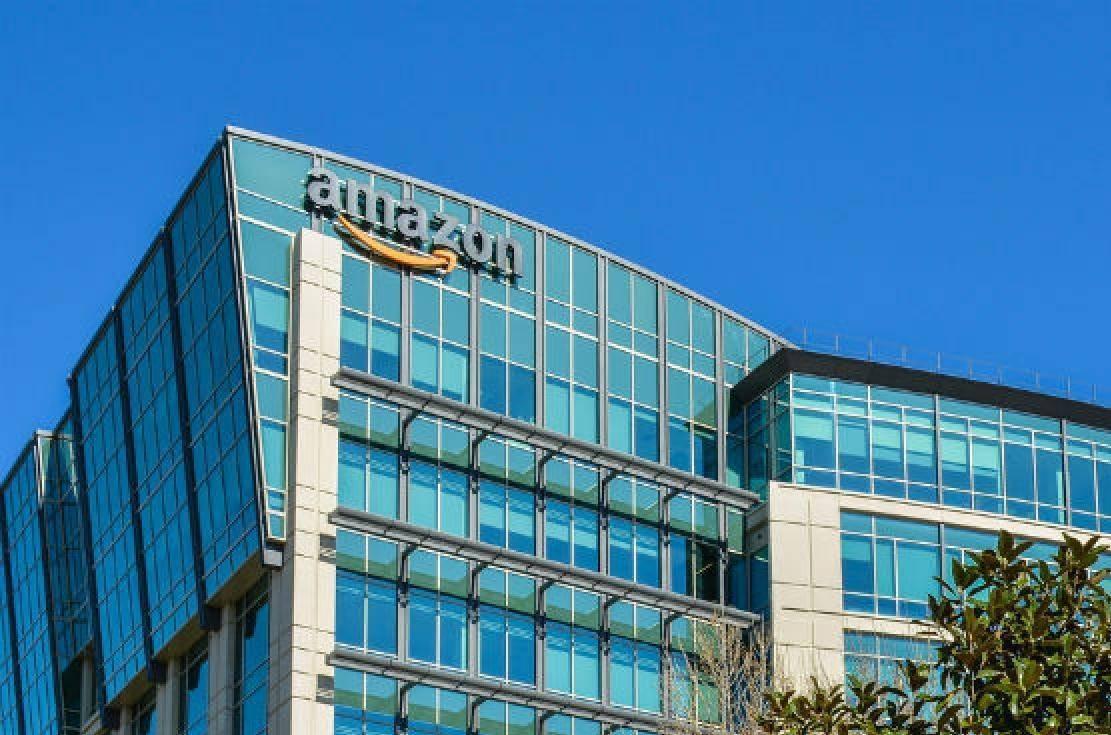 Amazon-Headquarters-in-Seattle (1) - Edited.jpg