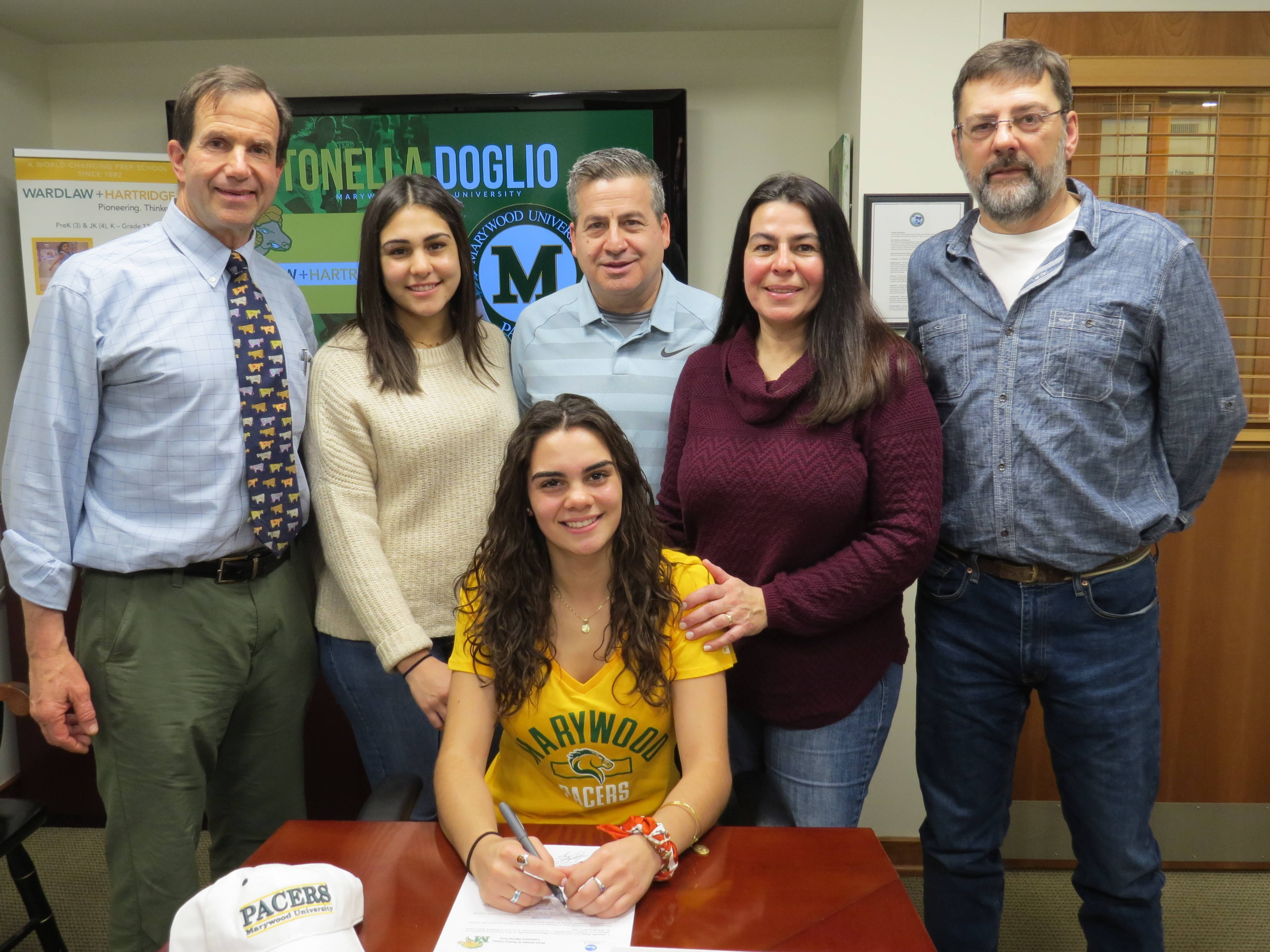 Antonella Doglio Signing.JPG
