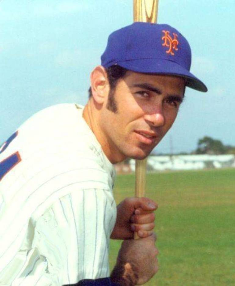 Art Shamsky in Mets uniform.jpg