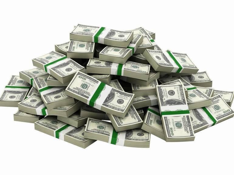 b4fc5f82c4658e7a3994_Pile_of_Cash.jpg