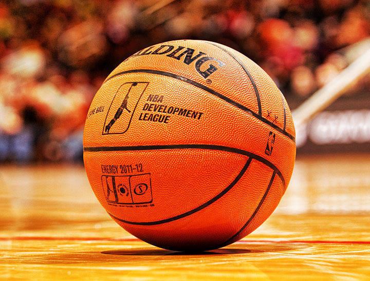 Boys Basketball:  Plainfield Falls to Summit 58-52