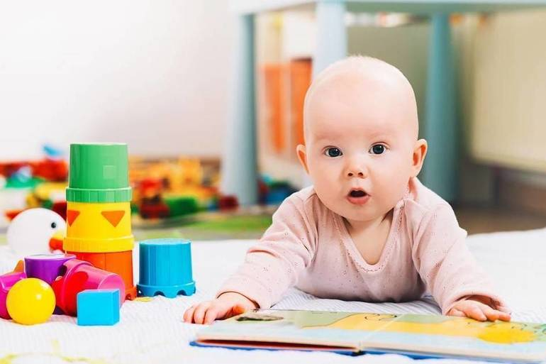 Moms Helping Moms Foundation Mobilizes Support for National Diaper Need Awareness Week