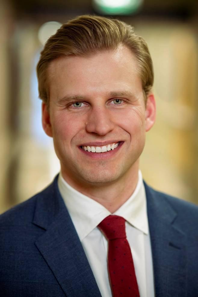Benjamin Van Boxtel Headshot.jpg
