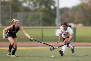 Madison Field Hockey Falls To Montclair; Charlotte Smith Scores for the Dodgers