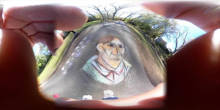 Artist( in chalk)