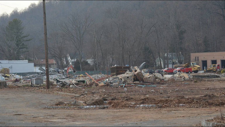 Bowcraft on Route 22 in Scotch Plains was demolished this week.