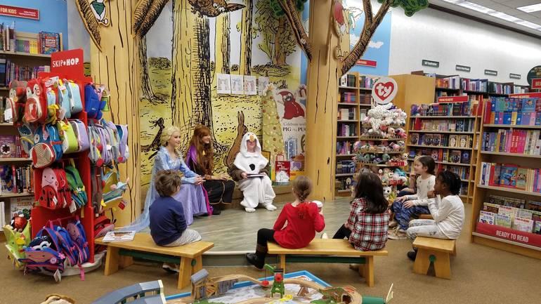 Book Fair 1.jpg