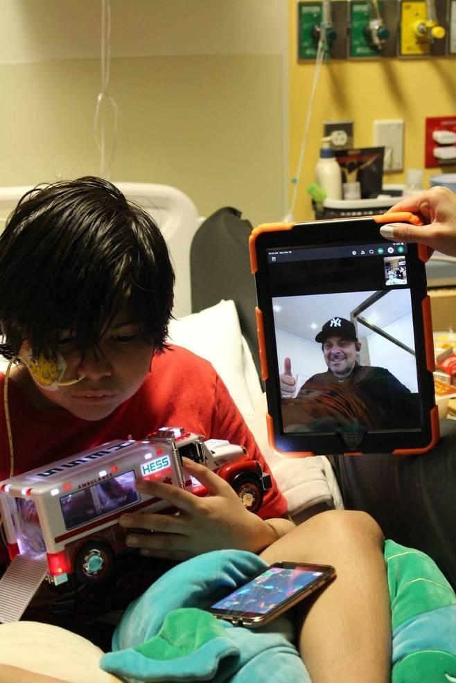Yankees Manager Aaron Boone Virtually Visits Kids at New Brunswick Hospital