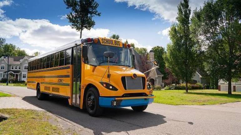 Belleville School District to Add Two New Electric Buses, Funded by a State Grant