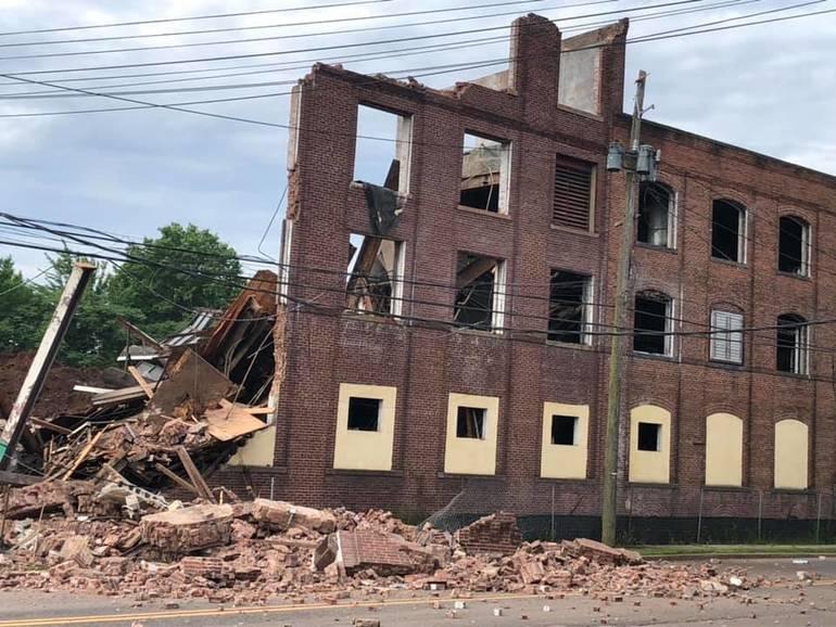BuildingCollapseGarwood.jpg