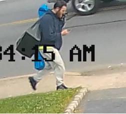 Carousel image e43ab4e845265b09dce3 4cb0f97629106883267a burglary maple avenue suspect