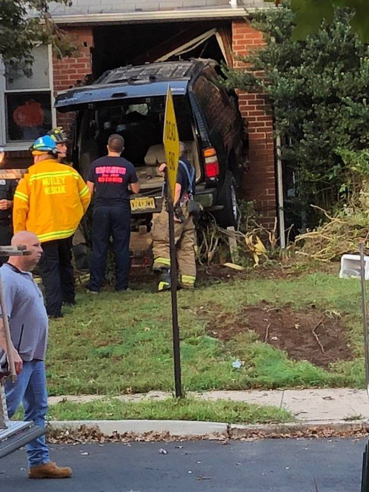 Car Crash Oct 9 2018 h.jpg