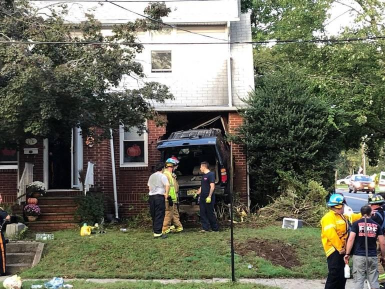 Car Crash Oct 9 2018 f.jpg