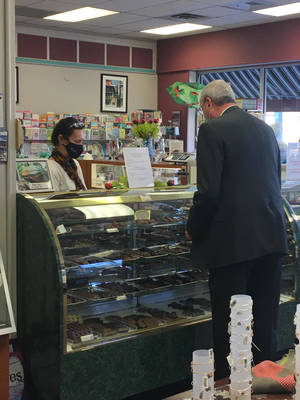 Murphy Signs Economic Recovery Act into Law at Hamilton's Carella's Chocolates and Gifts