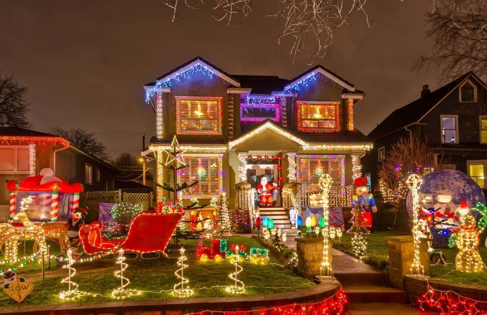 Enter Today for Morristown's Holiday Home Decorating Contest
