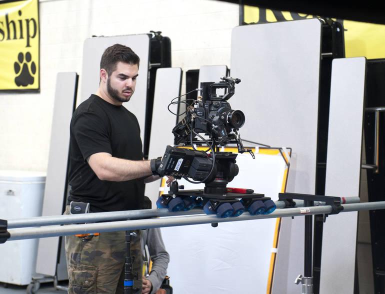 Christopher Boncimino on the set of  Arthur Futuro.jpg