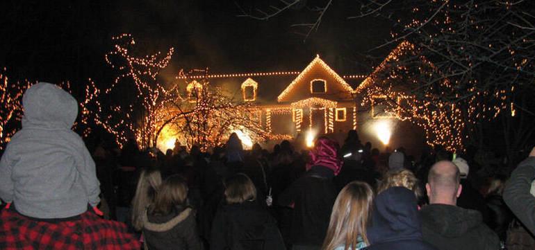 christmaslightshow4.jpg