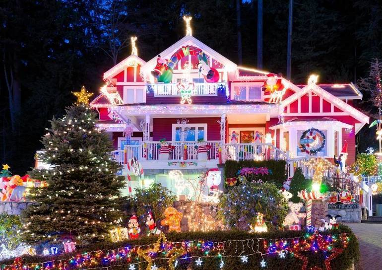 The Official List of Contestants in Clark's Annual Holiday House Decorating Contest are Here