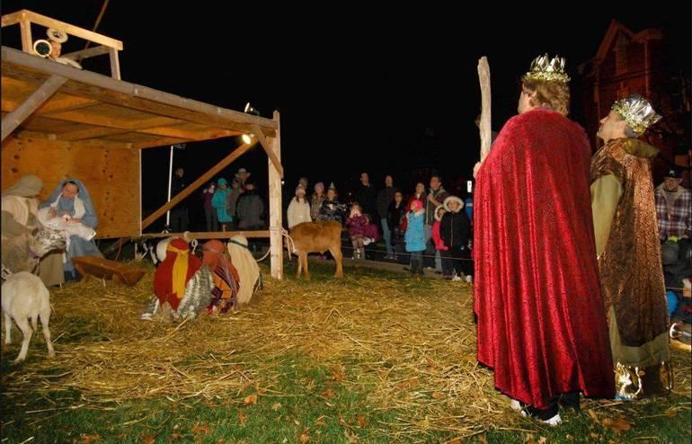 4ec8a9572afff2c1b8ca_Christmas_Nativity_2016.JPG