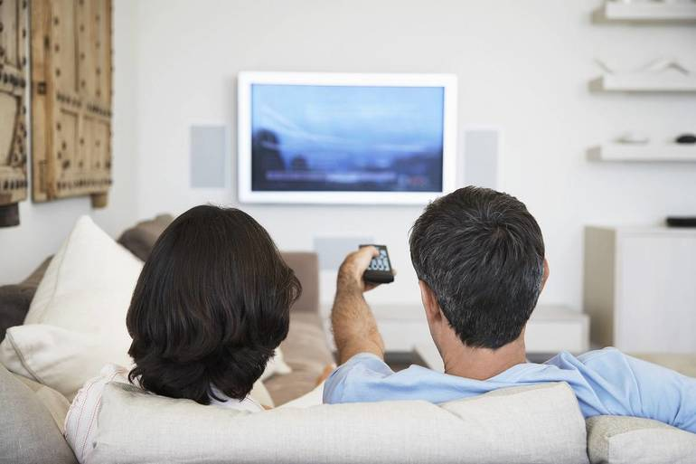 """Rosi & Joey @ The Movies: """"The Top Five Shows to Binge Watch"""""""
