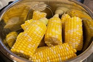 steaming corn in pressure cooker