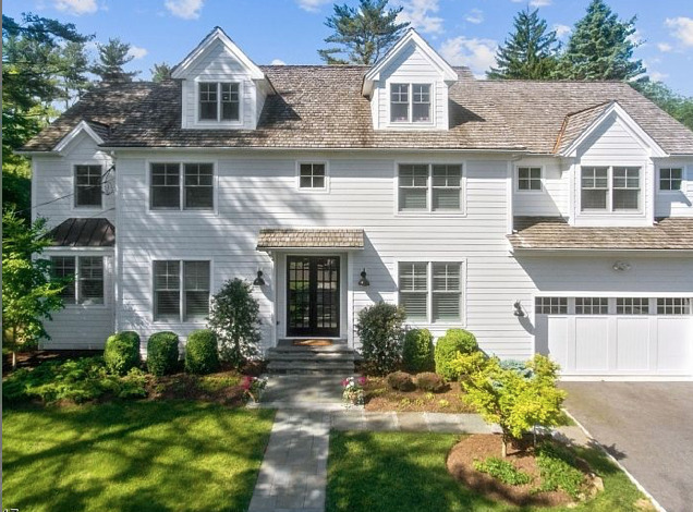 16 Scenery Hill Drive - New Price $2,525,000!