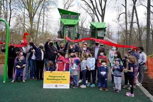 Nomahegan Park Cuts the Ribbon on New Playground