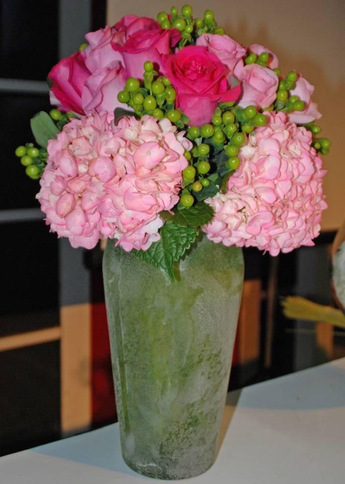 Cut Flower Arrangement_MelindaMyersLLC.jpg