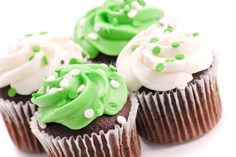 Help Spotswood PTA Pass Along The Joy Of Baking During The Holiday Season