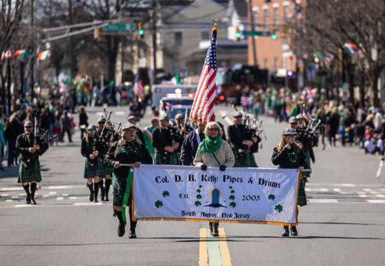 D.B. Kelly Pipes & Drums.png