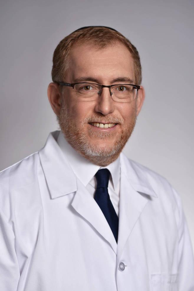 Dr. Wynberg 2-21.jpg