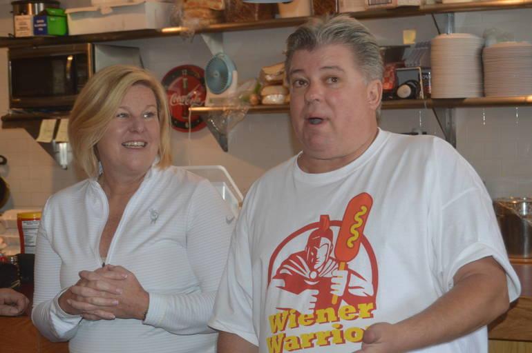 Fanwood Mayor Colleen Mahr and Hot Dog Nation Tour of NJ organizer John Fox