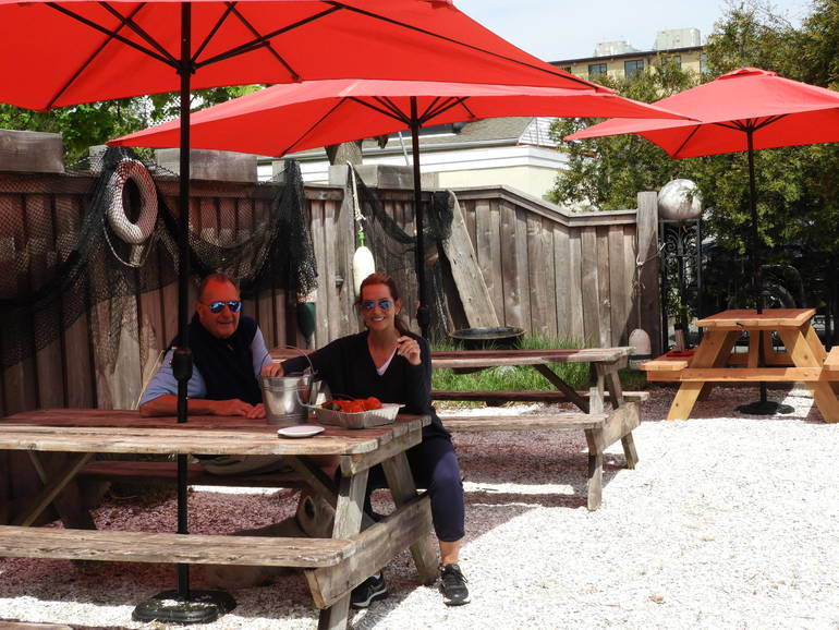 🦞Boondocks 2-Go – Outdoor Dining with Live Music - VIDEO