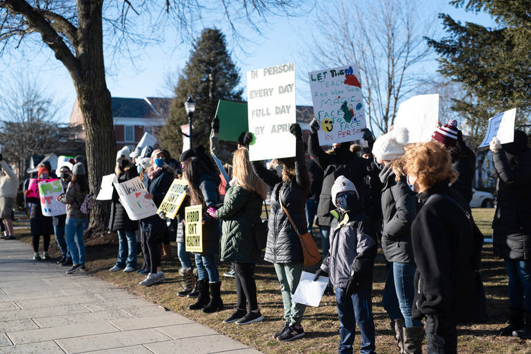 Verona Parents Rally for a Plan to Increase In-School Learning Hours in District